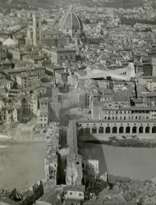 Florence, B-26 Marauder flies over ponte Vecchio