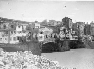 Florence Italy 2 1944 5  bombing_