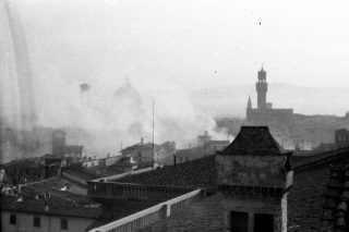 firenze bombardment-over-florence-italy