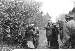 Polen Zivilisten und Soldaten