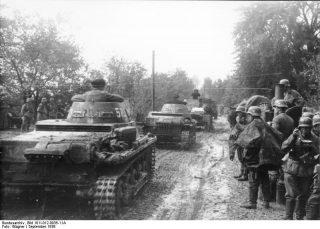 Polen, Panzer I und Infanterie