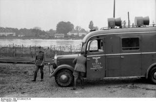 Oberrheinfront, Lautsprecherwagen
