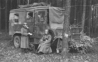Mercedes_Benz_G3A_Kfz_72_wehrmacht_radio_truck