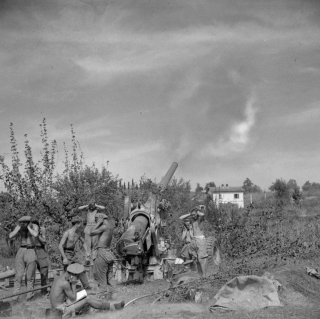 Royal Artillery in action against German positions on the Gothic Line 13 September 1944