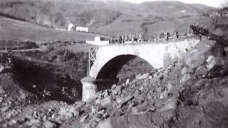line gotica Il ponte sul Savena a Castel dell'Alpi distrutto dalle bombe nel 1944