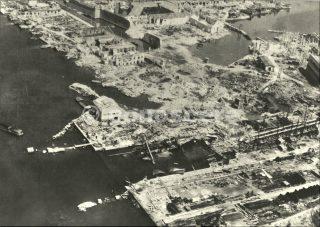 agosto 1944  porto livorno bombardato
