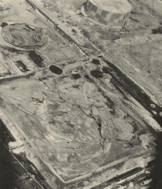 livorno raffineria bombardata 1944