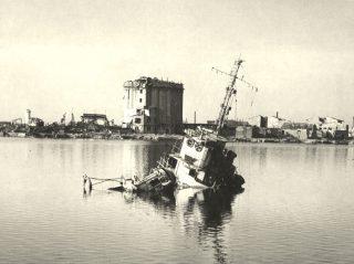 luglio 1944 nave danneggiata bombardamenti alleati