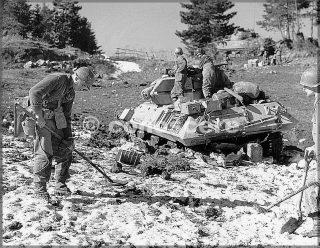 22feb45-monte della torraccia soldato mine detector