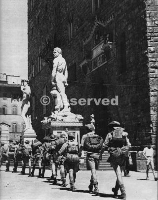 Le truppe britanniche occupano Firenze
