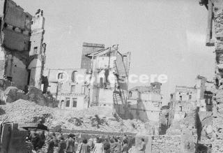 firenze centro storico danni bombardamento alleato 1944