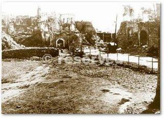 Le rovine di Livorno Piazza Calamatta presso il porto giugno 1944_wwii