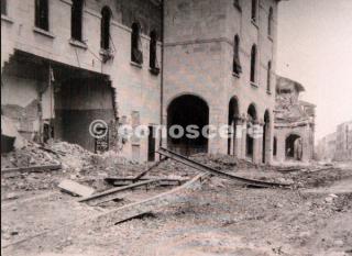 Pisa bombardata Palazzo della Provincia