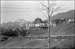 gaggio montana feb 1945 è diventato un punto di riferimento per le truppe 10 mountain division sulla strada da lizzano a abetaia e castel d'aiano