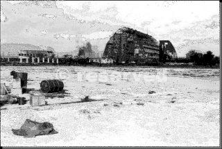 Hangar tedeschi bombardati aeroporto di Foggia dal 414 Bomb group_foggia bombardamento