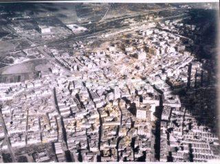 Immagine di Foggia ripresa da un aereo alleato dopo l'occupazioe_foggia bombardamento