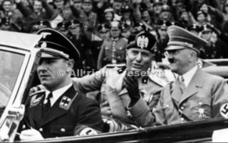 from left to right kempka,mussolini and hitler during a visit in italy early mai 1938_wwii