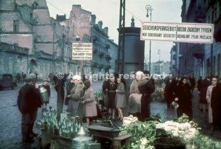 un mercato nel ghetto di varsavia nel 1939