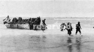 INFANTRY LANDING ON GELA BEACH_sicilia word war