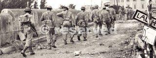 Canadian and Greek soldiers enter Rimini Italy Sept 21 1944_rimini foto di guerra