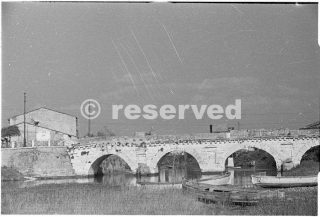 Rimini Seconda Guerra Mondiale che mostra un ponte romano attraverso il fiume Marecchia_rimini foto di guerra