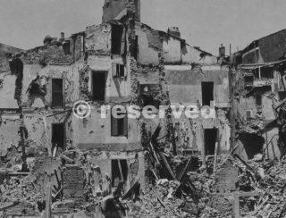 civitavecchia città distrutta dai bombardamenti alleati-wwii