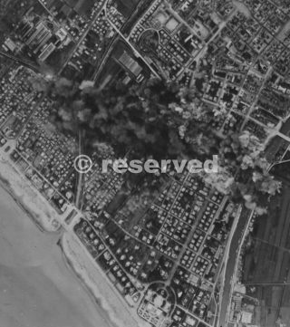 rimini bombing zoom-27 nov 1943_rimini foto di guerra