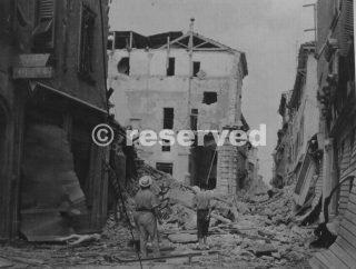 rimini città distrutta bombs ottobre 44_rimini foto di guerra