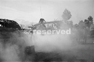 carri armati Sherman della Divisione Nuova Zelanda il riscaldamento per lavoro sulla Orsonga frontale gennaio 44_foto di guerra