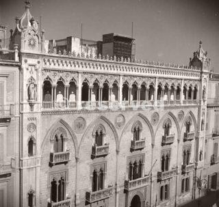 palazzo-fizzarotti-bari-italy-1943_ww2