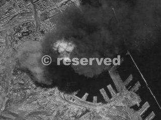 genova bombing 4 September 1944_ww2