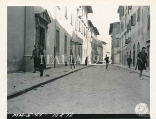 outh Africans entering Pistoia found Italian Partisans