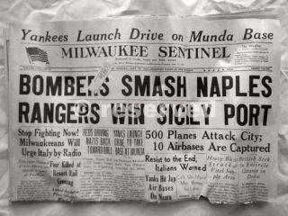 1943 Bombers Smash Naples_napoli guerra