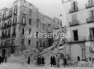 Napoli Via Medina 15 gennaio 1943