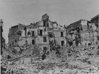 civitavecchia città distrutta dai bombardamenti alleati