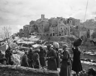 francesi-village de Viticuso Provincia di Frosinone italia feb 1944