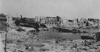 porto civitavecchia completamente distrutto 1944