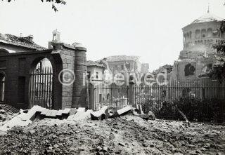 Basilica di Sant'Ambrogio dopo i bombardamenti 1943 milano