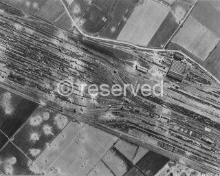 Lambrate a Milano nel nord Italia dai bombardieri della Strategic Air Force nella notte del 28 marzo 44