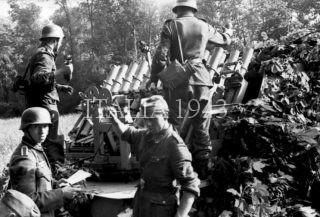 Riva-Bella, Vorf¸hrung Panzerwerfer, Beladen