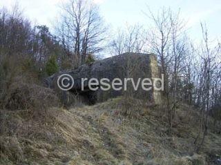 bunker che si trova dalle parti del passo della Futa (Foto scattata anno 2004)