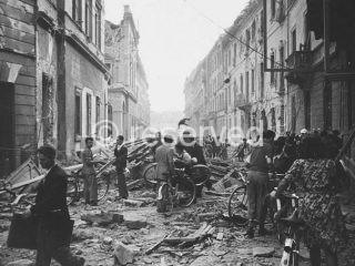 bombardment in 1943 milano
