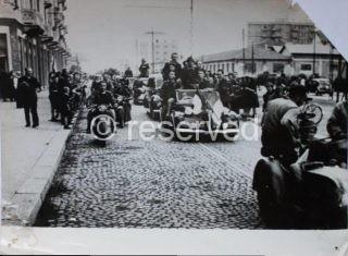 i partigiani della Val d'Ossola entrano a Milano aprile 1945