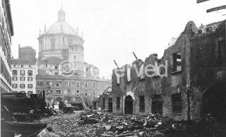 milano effetti dei bombardamenti dell'agosto 1943 in via Cardinal Caprara