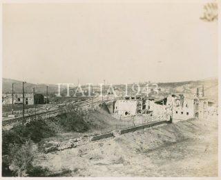 1945 Pianoro Area Italia Vista generale dei cantieri ferroviari gravemente danneggiati