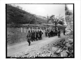 Monte Pigna a sud di Tolè 5 Armata Ref392331 Località Monte Pigna Tolè - aprile 1945 Fotografo Graning